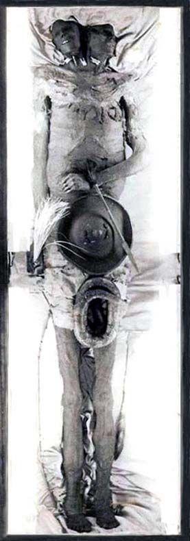 Kap Dwa, el gigante de 3.5 metros de altura con dos cabezas de la Patagonia - C.1040