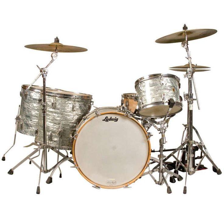 """1965 Ludwig """"Super Classic"""" Drum Set"""