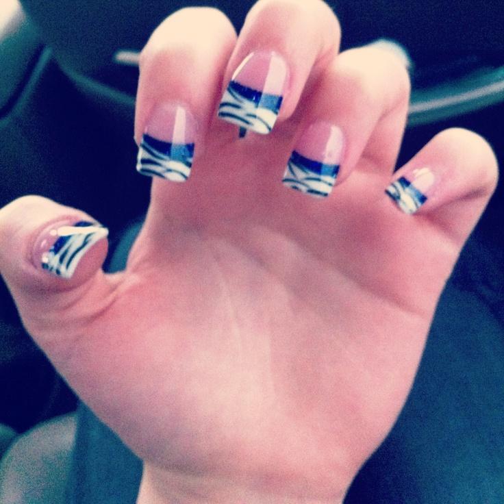 Zebra acrylic nails #zebra #nails