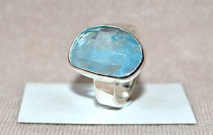 Akvamarin gyűrű