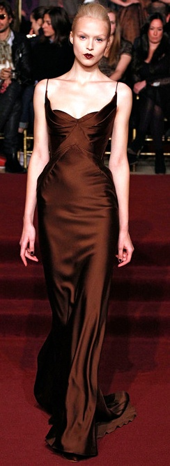 Zac Posen Brown #brown #chocolate brown #chocolate color #chocolate women's fashion #brown fashion #dark brown fashion