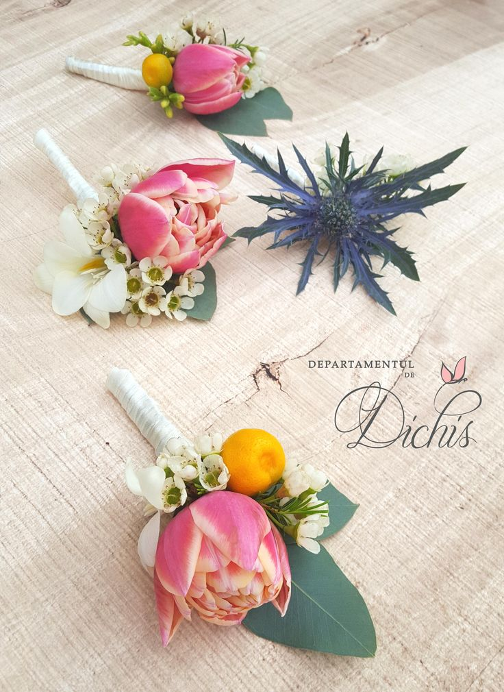 Wedding Buttonieres, beautiful floral accesories for men.