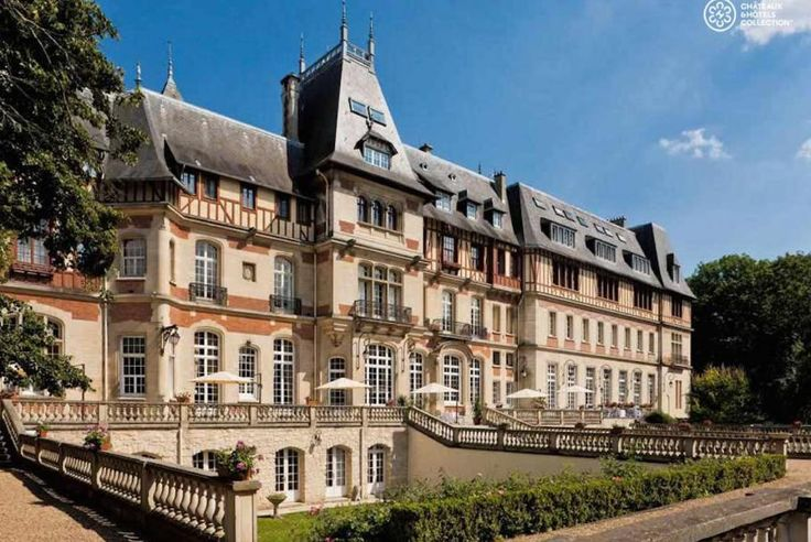 Are you looking for a wonderful stay? Bontourism® brings you to the Château de Montvillargenne, a member of Châteaux & Hôtels Collection. You will appreciate its personalized rooms and suites…