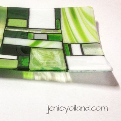 Forest Mist glass platter 20x35cms by jenie yolland.  Lovely clean design lots of greens and white artglass.