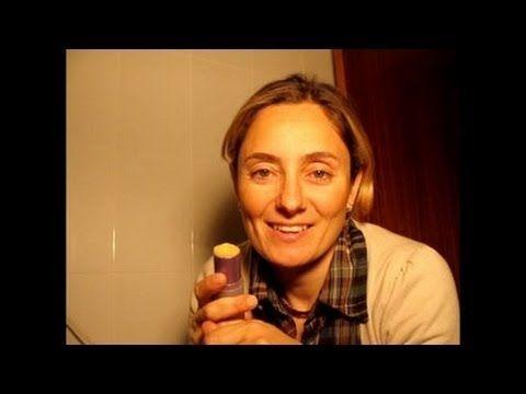 Cómo hacer un protector labial MUY ECONÓMICO EN 3 MINUTOS by Pilar Nature