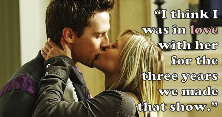 """""""Veronica Mars"""" stars Jason Dohring and Kristen Bell."""