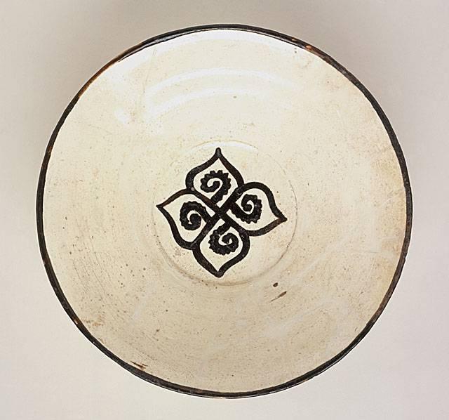 Bowl Iran, Nishapur Bowl, 10th century Ceramic; Vessel, Earthenware, white slip, slip-painted in black