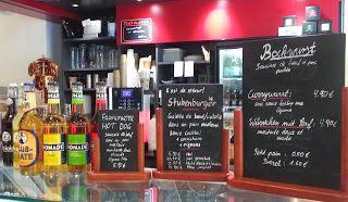Guten Tag à tous!  Laisserez vous tenter par une petite CurryWurst  - Saucisse Allemande au Curry ? Voici donc une petite adresse parisienne pour gouter cette spécialité :  http://www.lechameaubleu.com/2015/12/une-currywurst-paris.html  #Restaurant #Paris #Cuisine #Gastronomie #Allemande #CurryWurst #Saucisse #Wurst #Cityguide #Institut #Goethe #Food #Foodporn #GermanFood #Food