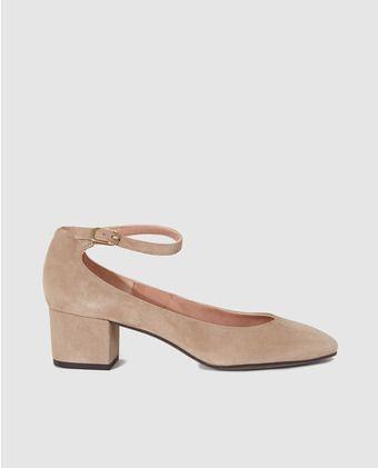 Zapatos de salón de mujer de Pedro Miralles  en ante beige