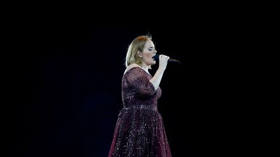 Fan shares 'handwritten letter' from Adele hinting she'll never tour again