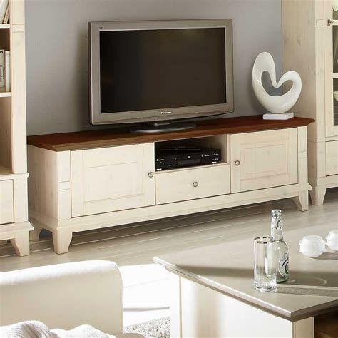 Coole Wohnzimmer Villa Ideen: Massive Galerie von Kiefernmöbeln