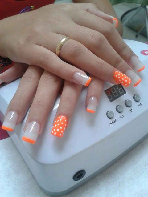 orange n' white