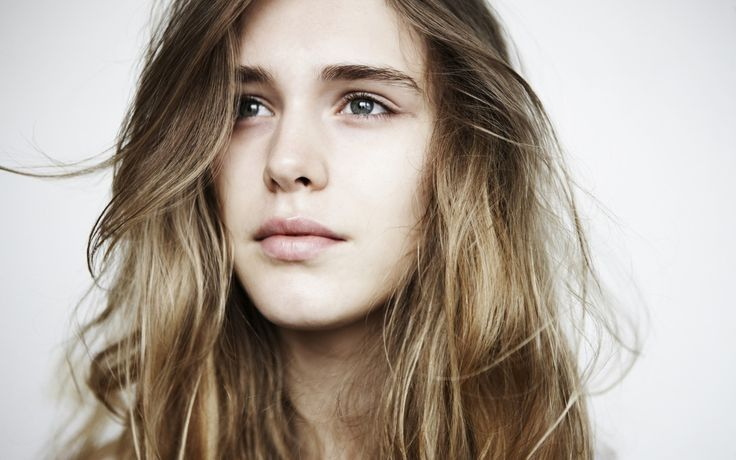 gaia weiss pictures