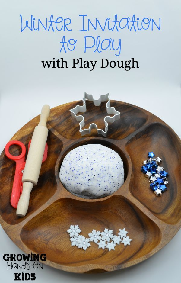 Winter themed invitation to play with play dough.