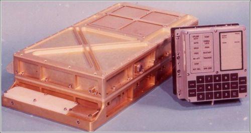 John Pultorak dedicó, hace ya tiempo, cuatro años a construir —en el sótano de su casa— una réplica funcional del ordenador de guiado (AGC, Apollo Guidance Computer) utilizado en las misiones Apolo. Este ordenador guiaba a las naves Apolo en su...