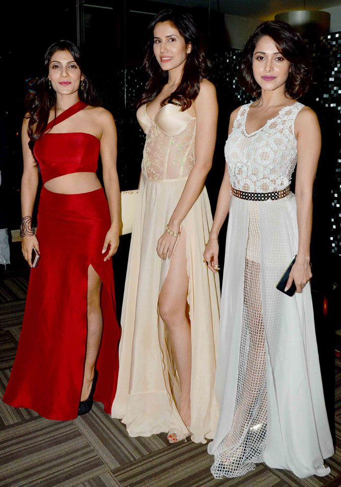 Ishita Raj Sharma, Sonalli Sehgall and Nushrat Bharucha at Anand Pandit's Diwali bash. #Bollywood #Fashion #Style #Beauty #Hot #Sexy #Legs