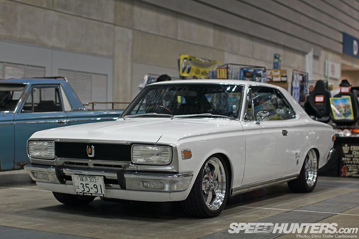 I will pick up the Nostalgic 2 Days coverage with another Spotlight-o-rama and after the slightly too Nissan oriented previous one, I thought I should probably mix it up a little (mind you 65% of the cars at the show were Nissans!). I'm a sucker for older Toyota Crowns, no matter what body shape, but …