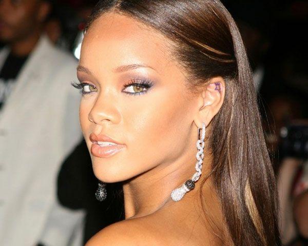 Rihanna Hairstyles: 148 Best Riri Fenty Images On Pinterest
