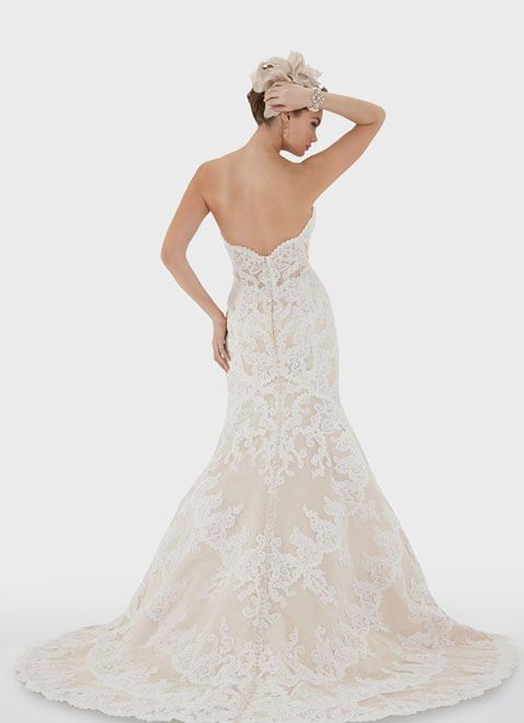 The stunning Matthew Christopher Emma gown. Now available at #LaVieEnBlanc for a fraction of the price!