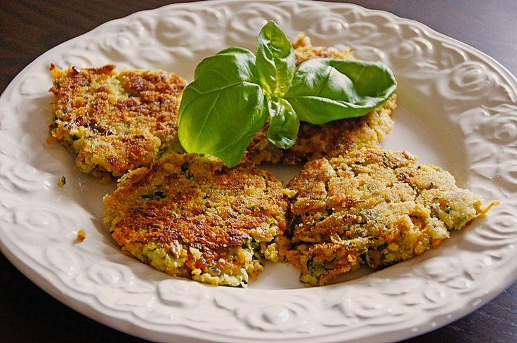 Möhren - Zucchini - Bratlinge, ein sehr leckeres Rezept aus der Kategorie Gemüse. Bewertungen: 70. Durchschnitt: Ø 4,5.