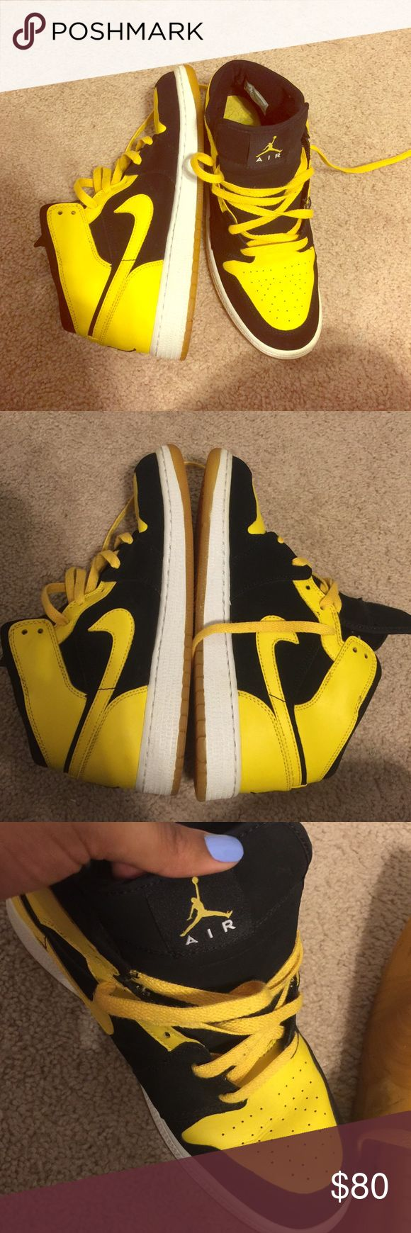 Air Jordan 1 black and yellow. 7 Men's/9 women's. Gently used Jordan Shoes Sneakers