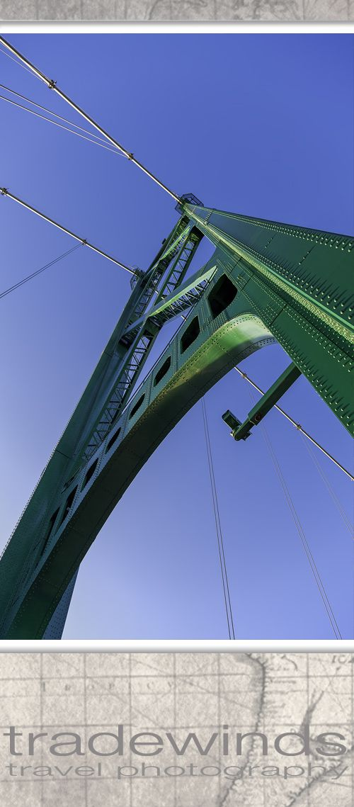 Loins gate bridge in Vancouver, BC