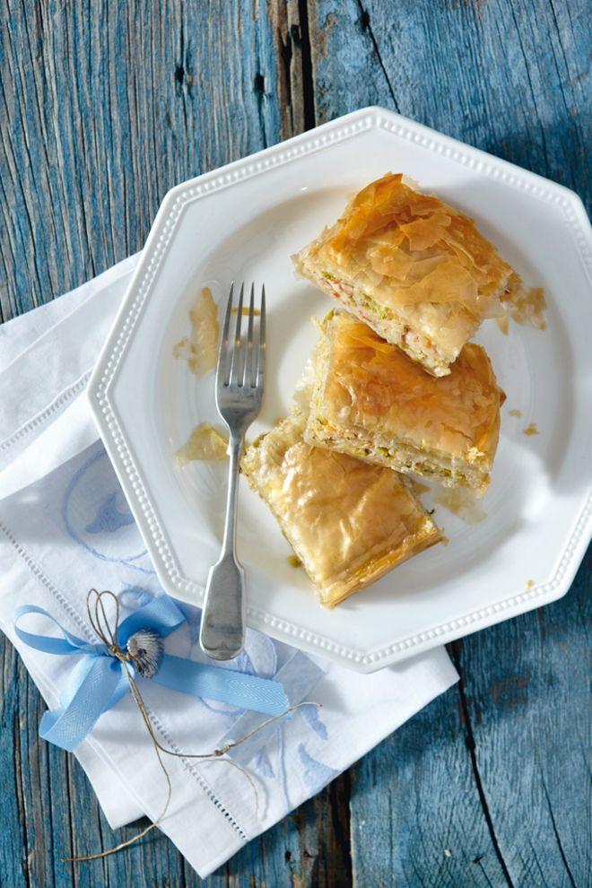 Πίτα με κολοκυθάκια και ξινόχοντρο