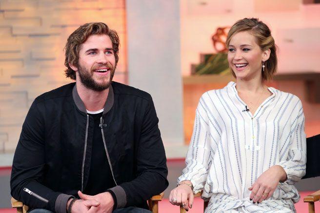 Jennifer Lawrence Ate Gross Things Before Kissing Liam Hemsworth - Elle