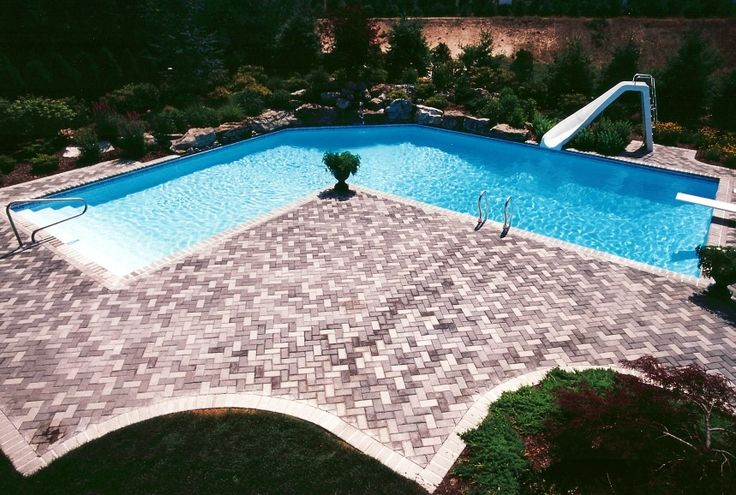 L Shaped Pool With Intricate Deck Future Pool Ideas