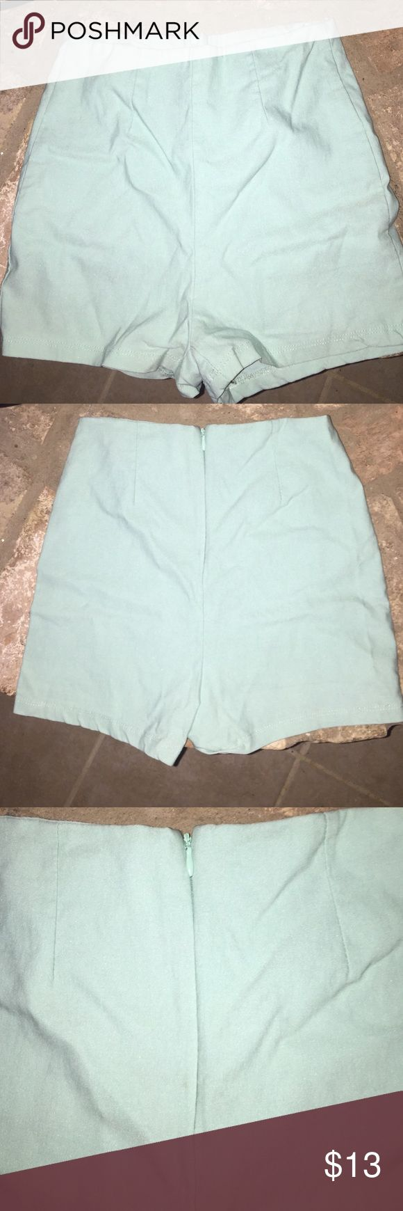 Kirra size M high waisted mint shorts Kirra (pacsun) size Medium fit like a small stretchy very high waisted mint shorts. Zipper back Kirra Shorts