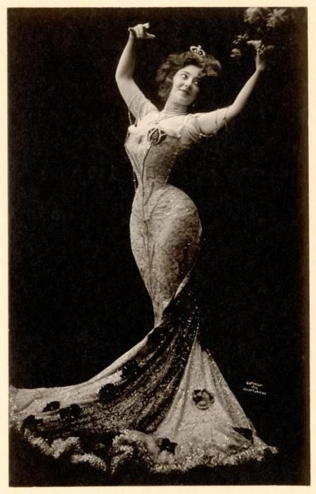 Anna Held, ca.1902. ~The Hourglass - common law wife of Florenz Ziegfeld. From 1905 Held enjoyed several successes on Broadway which apart from bolstering Ziegfeld's fortune, made her a millionaire in her own right. She suggested the format for what would become the famous Ziegfeld Follies in 1907, and helped Ziegfeld establish the most lucrative phase of his career. http://en.wikipedia.org/wiki/Anna_Held