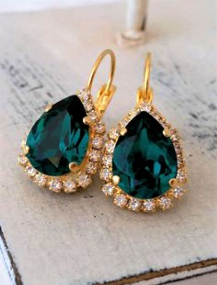 Love these Emerald Swarovski Gold Plated Special Occasion Earrings etsy.com/shop/AudraAnneDesigns