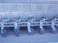 Fazer a lista antes de ir às compras ajuda a equilibrar o orçamento doméstico