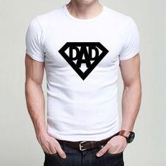"""T-shirt pour les papas """"dad"""" style super-heros. cadeau original pour noel !"""