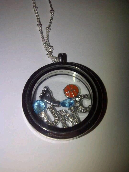 UNC Tarheel fan locket!! To order 1)Click on picture 2)create account 3) Make purchase!! (Facebook page: Origami Owl Lockets by Karen and Hayley)