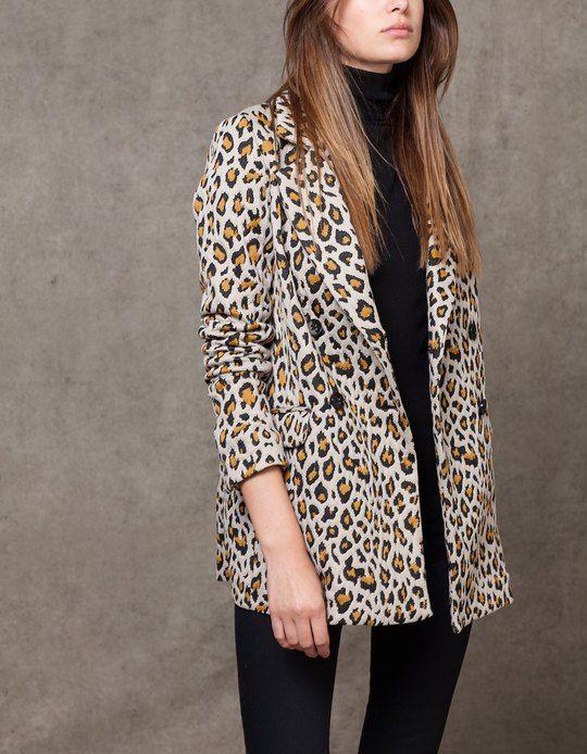 Jacquard blazer met luipaardprint - KLEDING - DAMES | Stradivarius Netherlands