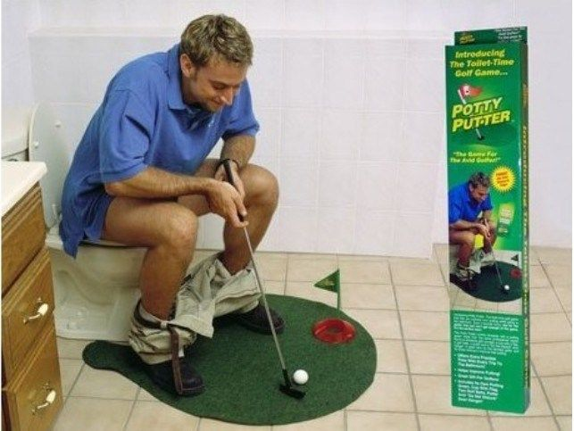 Free Shipping 1Set Potty Putter Toilet Golf Game Mini Golf Set Toilet Golf Putting Green
