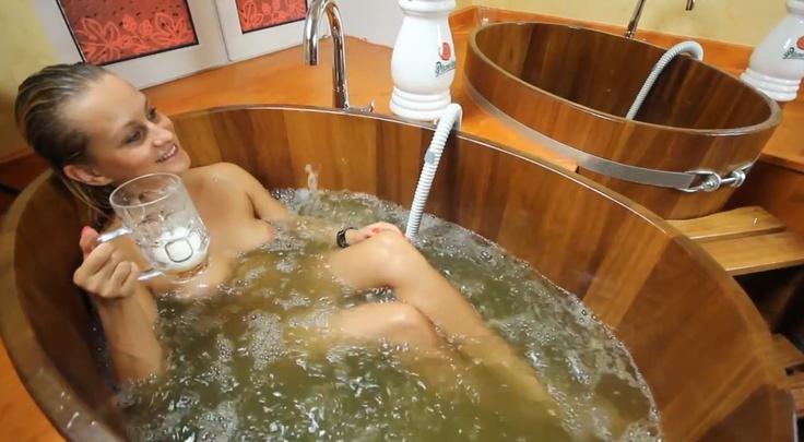 Piwo - samo zdrowie i uroda - kąpiel w łaźniach piwnych w Czeladzi