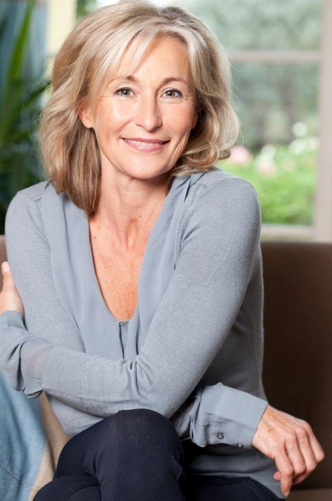 Hélène Delahodde | Aging gracefully, Women, Growing old