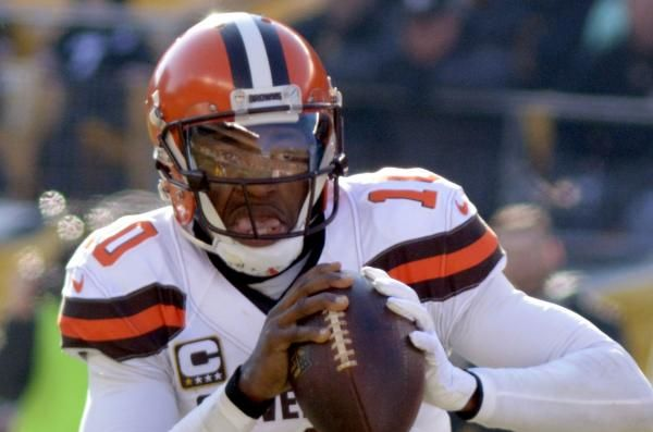 Free agent quarterback Robert Griffin III is scheduled to work out for the Los Angeles Chargers on Tuesday, according to multiple reports.