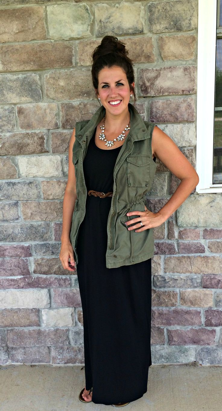 What I Wore, Real Mom Style: Cargo Vest & Maxi Dress #RealMomStyle - momma in flip flops