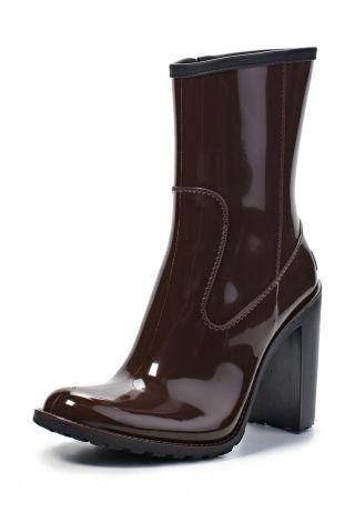 Резиновые полусапоги от Boomboots - стильный выбор для дождливой погоды. Модель коричневого цвета имеет актуальный дизайн. Стелька и подкладка выполнены из текстиля. http://j.mp/1rEWNpg