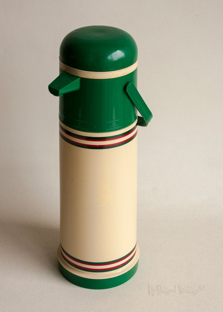 Vintage Retro 1970s/80s Green & Cream Pump Action ALADDIN Thermos Flask by UpStagedVintage on Etsy