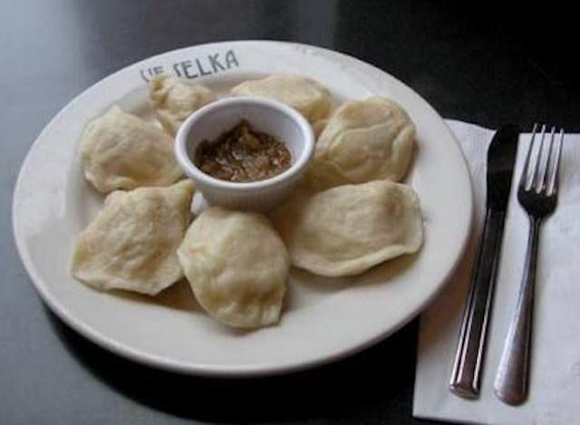 Good to know! :) -- 10 Best 24 Hr Restaurants in NYC.