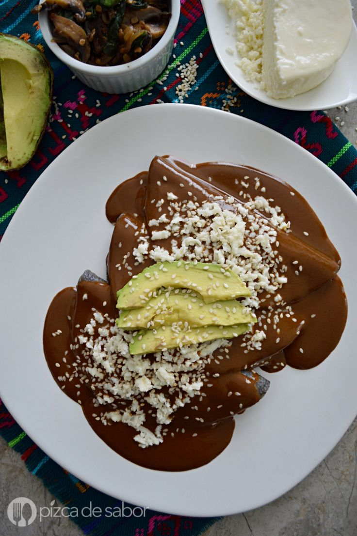 Enmoladas de champiñones y espinaca (vegetarianas) www.pizcadesabor.com