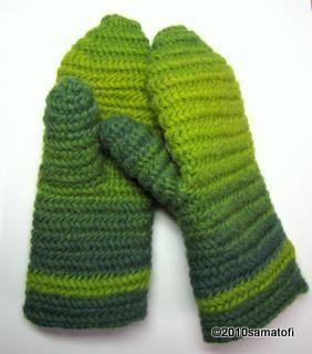 Thick single-ply wool mittens in Mammen stitch UOO/UUOO F1.