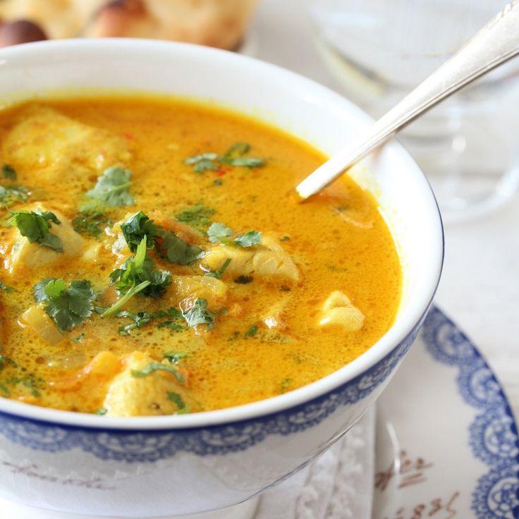En ny video er publisert, og det er av en av de mest populære oppskriftene på bloggen, nemlig indisk kyllingsuppe med eple, ingefær og chili. Dette er en smakfull suppe som passer like godt til hve…