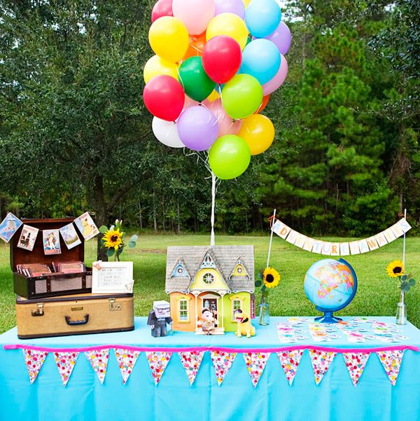 A birthday party inspired by the movie Up, one of my favorite Pixar movies..! Gotta love everything about this party..!