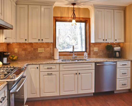 137 Best Images About Backsplash Ideas Granite Countertops On Pinterest Kitchen Backsplash Backsplash Tile And Countertop