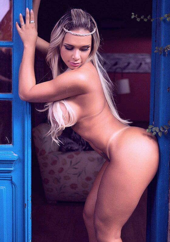 nude fatty big ass model
